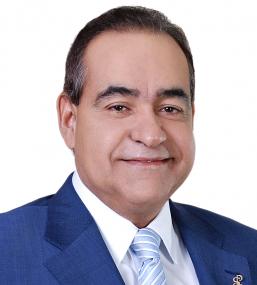 16-Dr.-Julio-Amado-Castaños-257x285