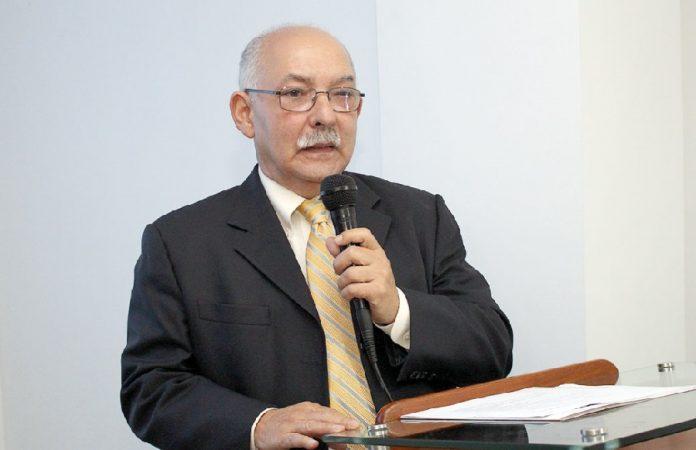 Dr. Miguel Suazo