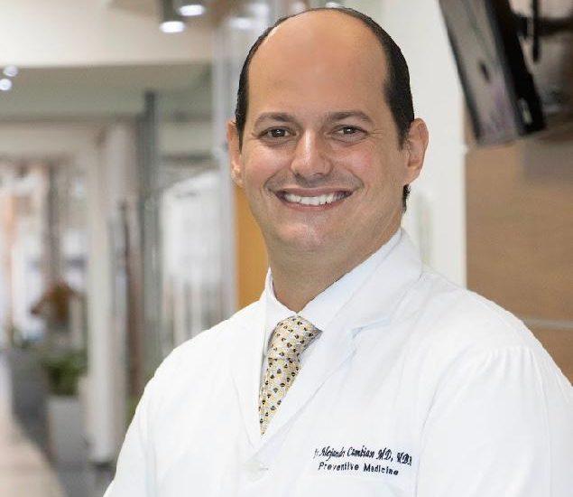 Dr.-Alejandro-Cambiaso